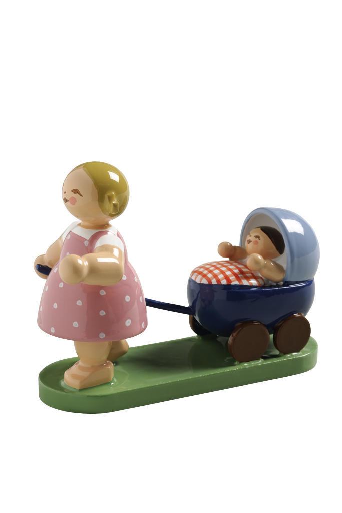 Meisje met poppenwagen - blauw